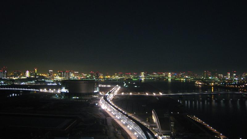 IXY DIGITAL 900 ISのワイドモードで撮った豊洲の夜景