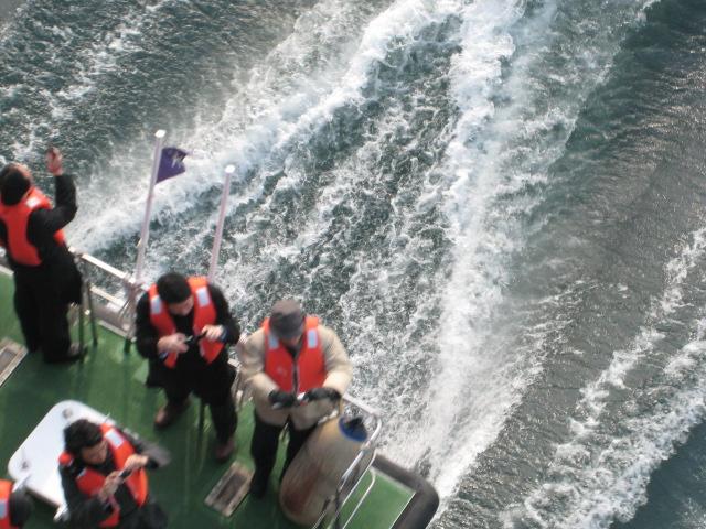 有明北橋から見た船に乗っていた人たち