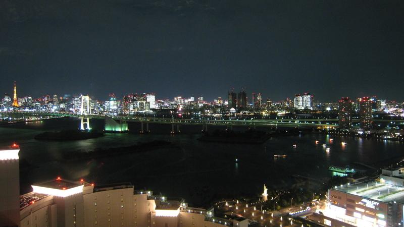 スターロードと湾岸夜景