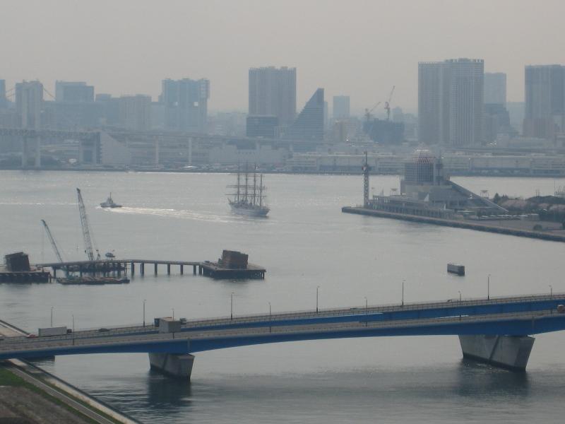 帆船 日本丸の出航