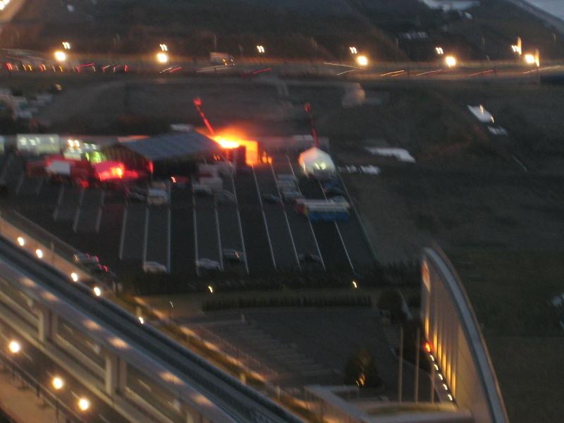 ららぽーと豊洲臨時駐車場に炎が?