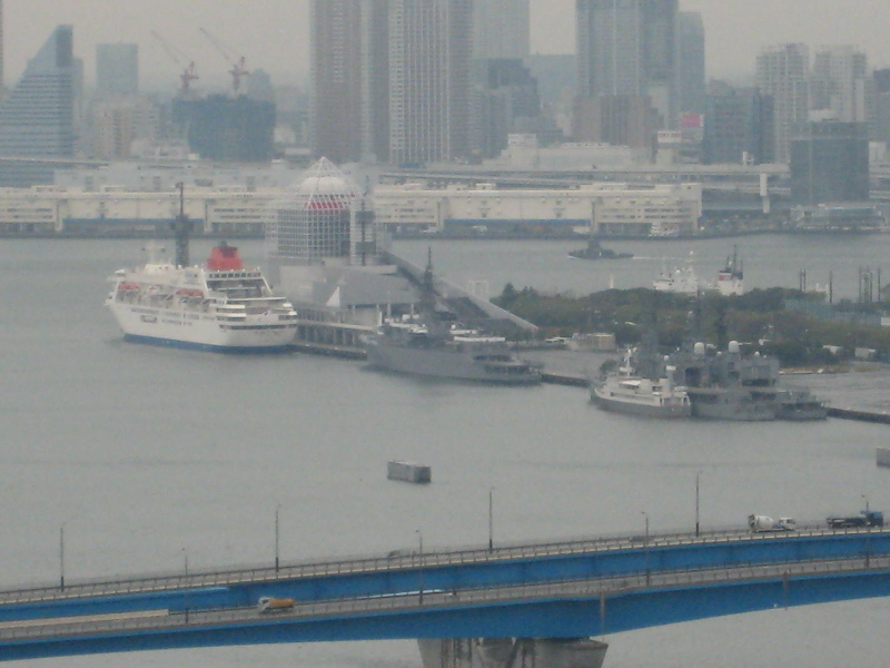 晴海埠頭の船