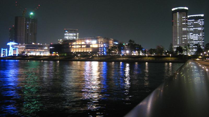 夜の春海橋公園