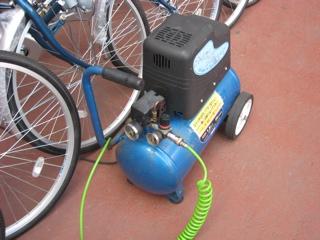 ビバホーム豊洲店 自転車の空気入れ