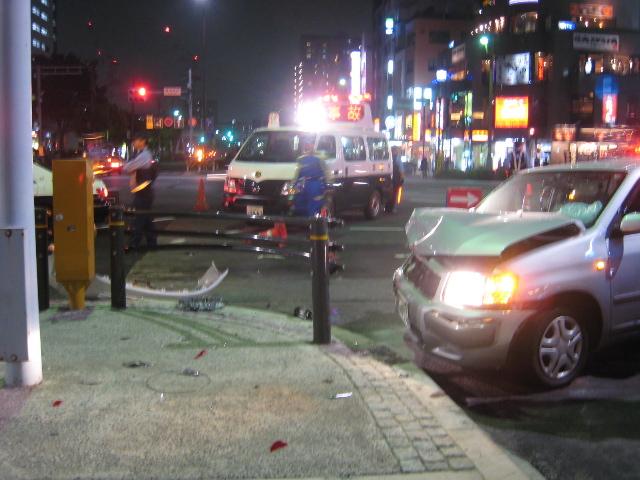 豊洲交差点での事故
