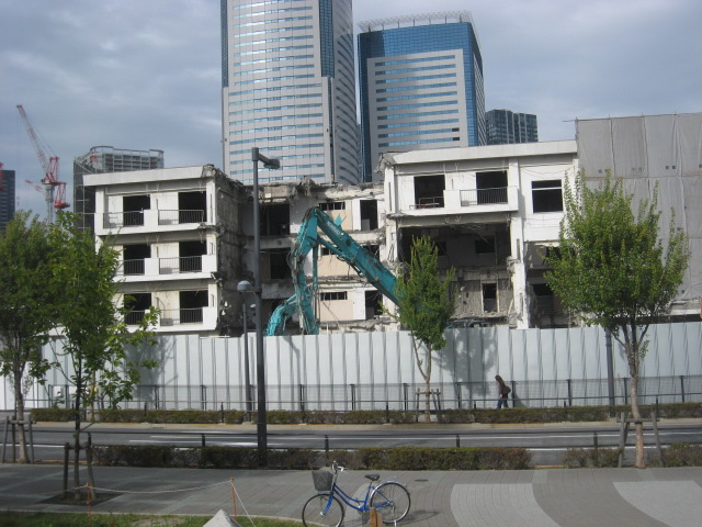 港湾労働者豊洲宿泊所の解体