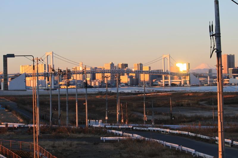 レインボーブリッジと富士山
