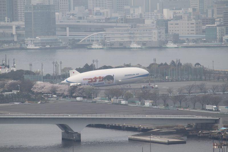 豊洲から見た晴海飛行船