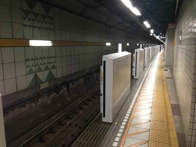 豊洲駅のホームドア