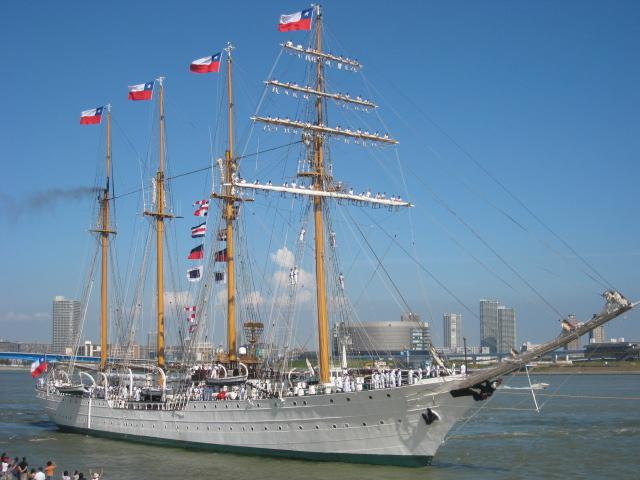 エスメラルダ号の出航