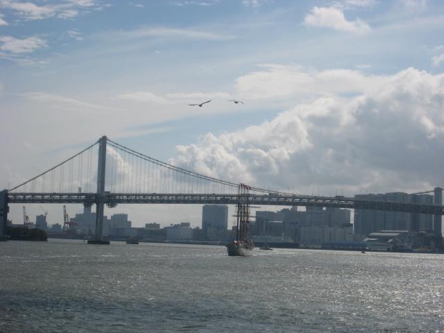 エスメラルダ号の出航 レインボーブリッジ