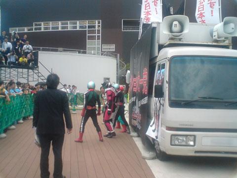 映画「劇場版 仮面ライダーディケイド オールライダー対大ショッカー」の完成披露イベントinららぽーと豊洲
