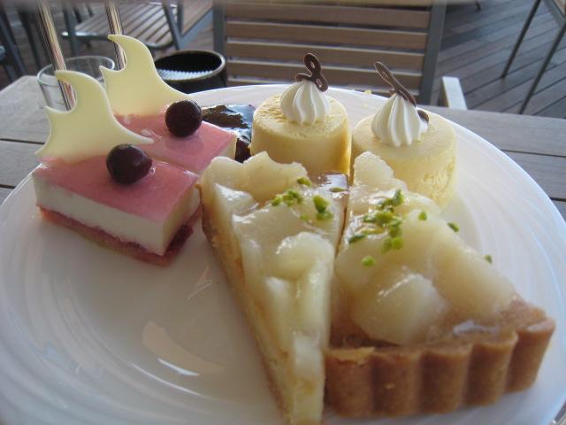 ホテル日航東京「ベランダ」のアフタヌーンティー