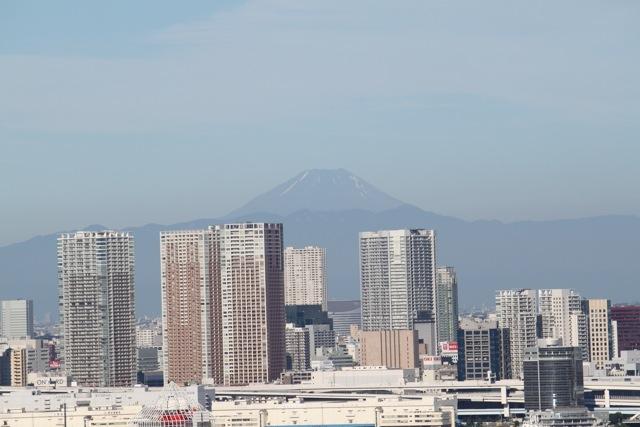 豊洲から見える夏の富士山