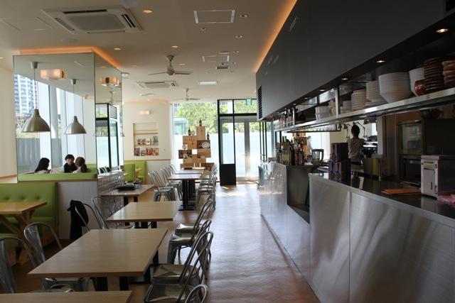 TeTeS(テテス) 豊洲フロント店