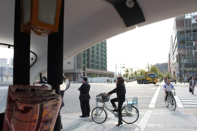 豊洲フロント ベロタクシーに乗る