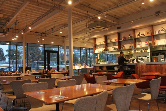 CAFE;HAUSにアルパカ