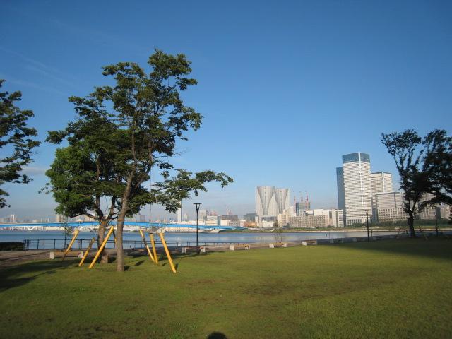 朝の豊洲公園