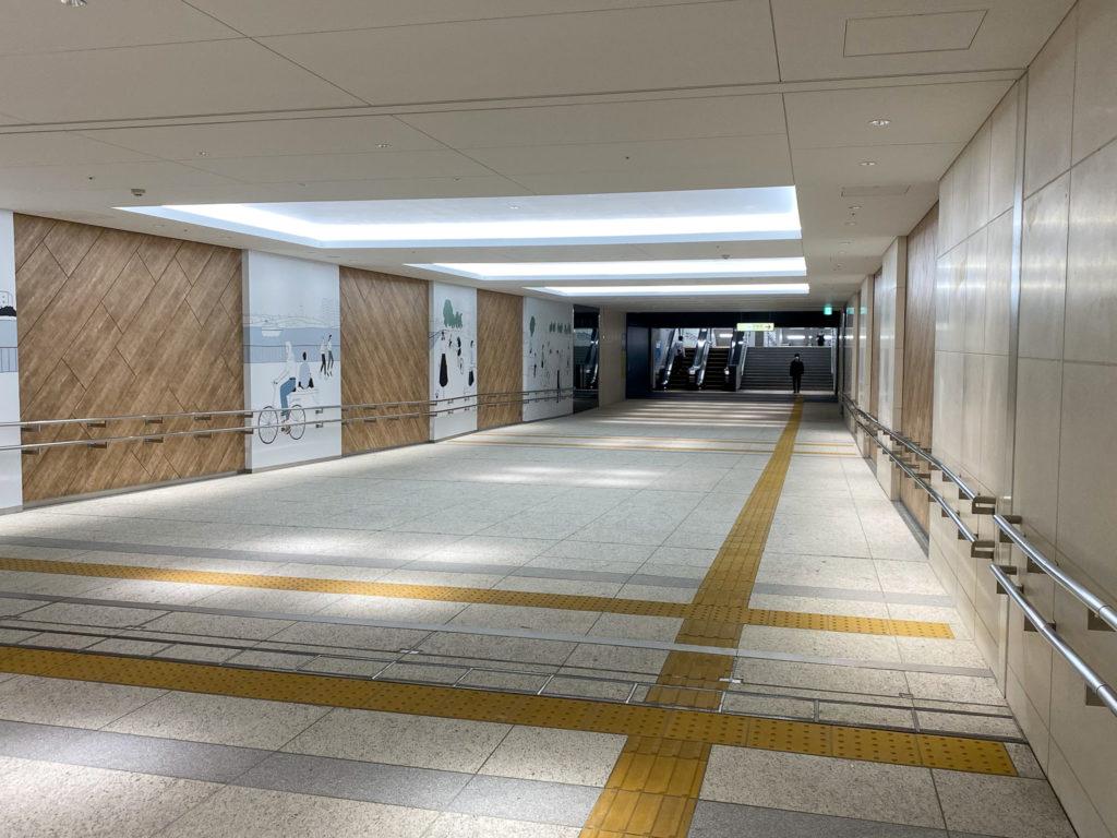 豊洲駅 2b出入り口